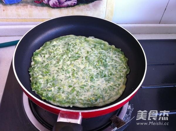 芹菜叶鸡蛋饼怎么做