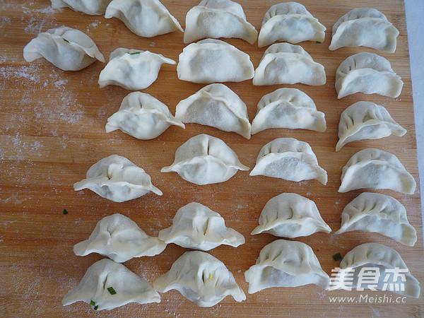 韭菜鸡蛋水饺怎么煮