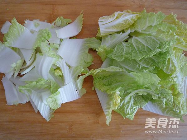 白菜油渣炖粉条的简单做法