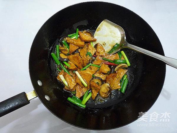香菇烧豆腐角怎样煮