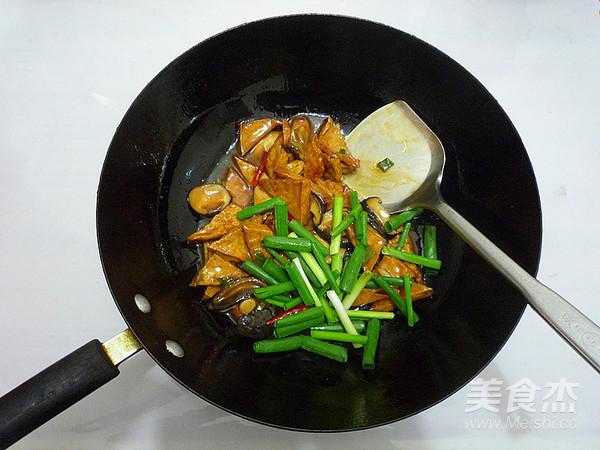 香菇烧豆腐角怎样炒