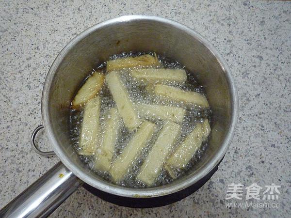香酥反沙馒头条的家常做法