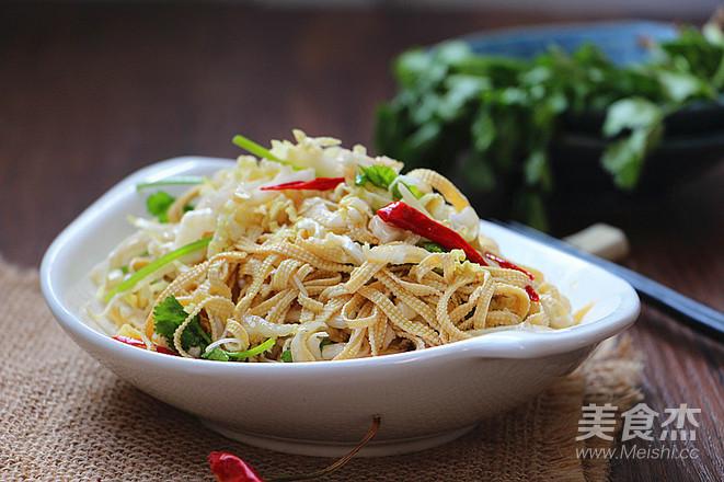 白菜心拌豆腐丝成品图