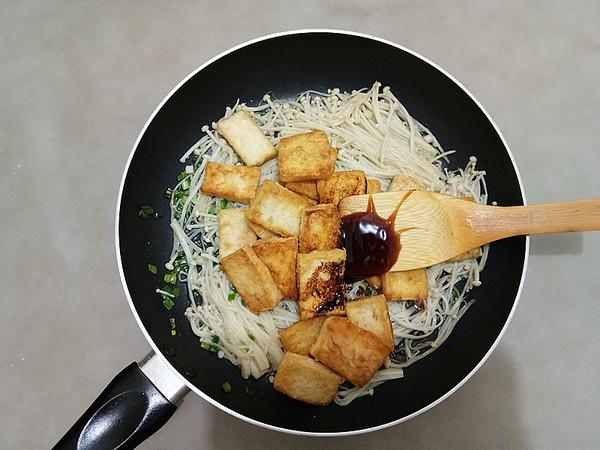 金针菇烧豆腐怎么煮
