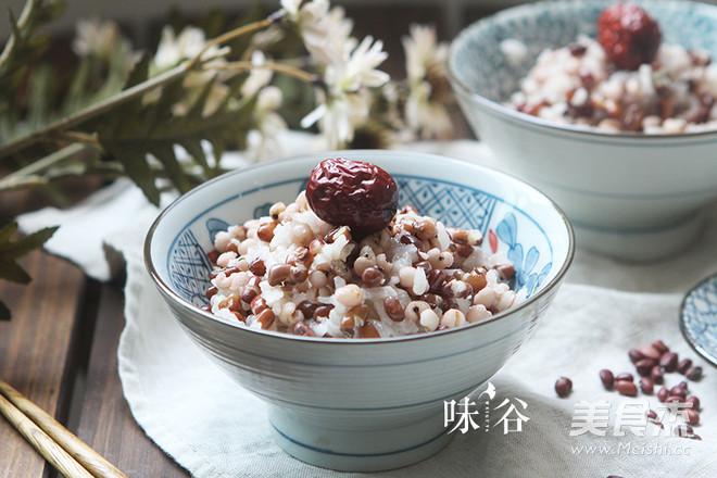 红豆薏米饭成品图