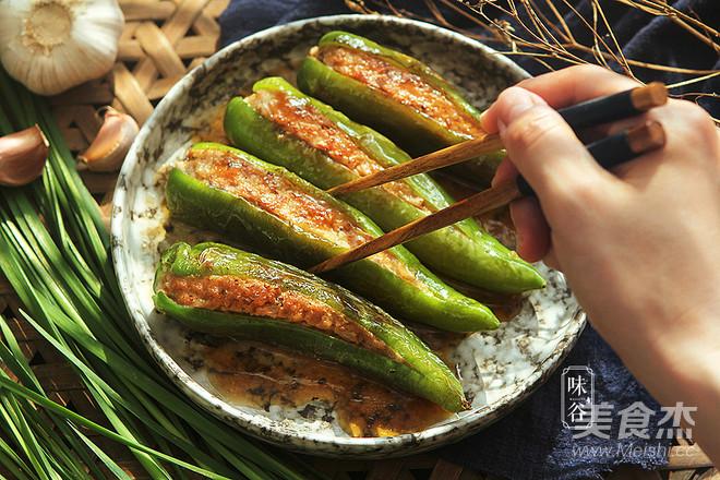 下饭的家常菜~酿尖椒成品图