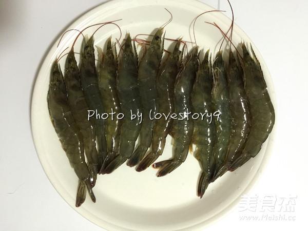葱蒜蛋卷炸虾的做法图解