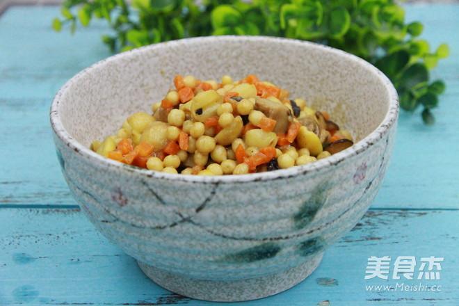 健脾益胃的椰汁芡实煲成品图