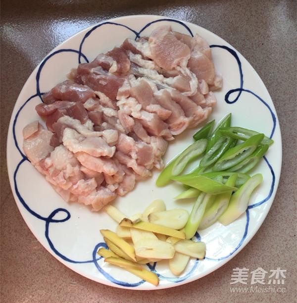 五花肉炒辣白菜盖饭的做法图解