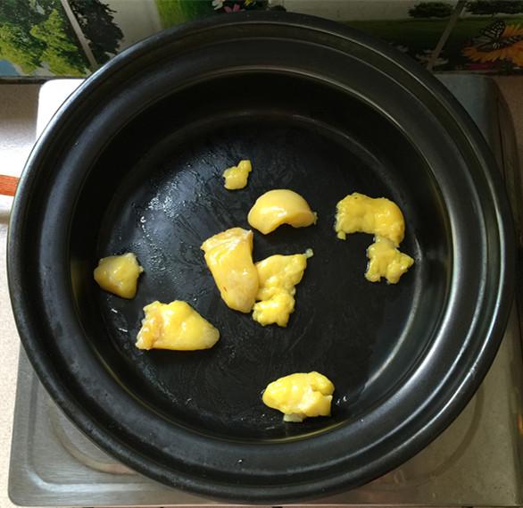 花菇焖烧土鸡肉怎么炒