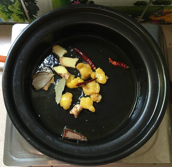 花菇焖烧土鸡肉#午餐#怎么煮