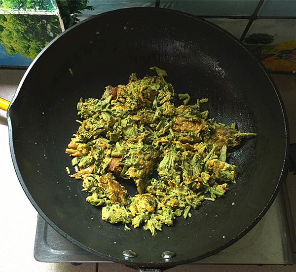 香椿炒鸡蛋怎样做