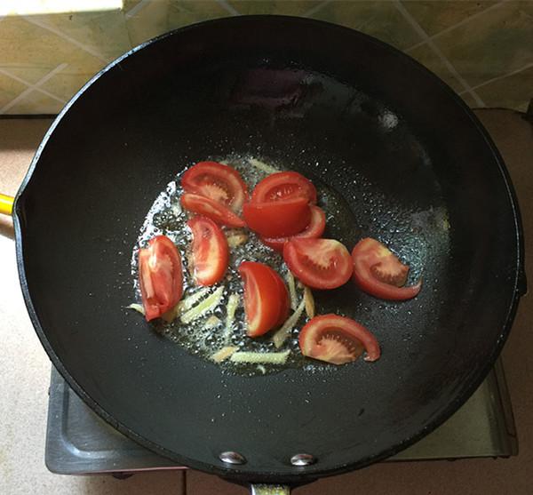 海鲜菇煮狭鳕鱼柳怎么煮