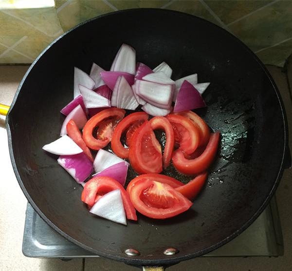 西红柿炖牛腩怎样做