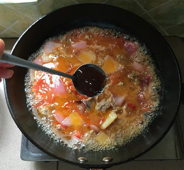 西红柿炖牛腩的制作方法