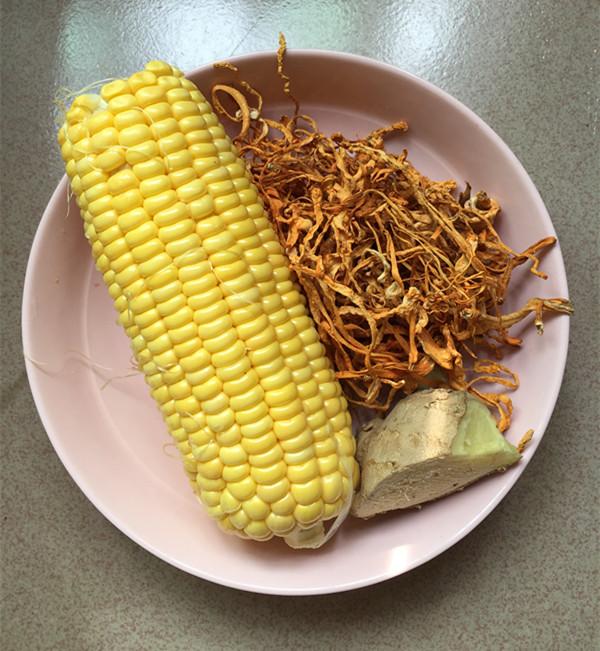 虫草花玉米龙排汤的做法图解