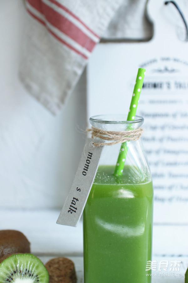 猕猴桃黄瓜汁成品图