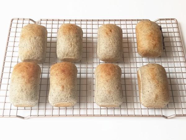 黑芝麻紫糯米餐包的制作方法