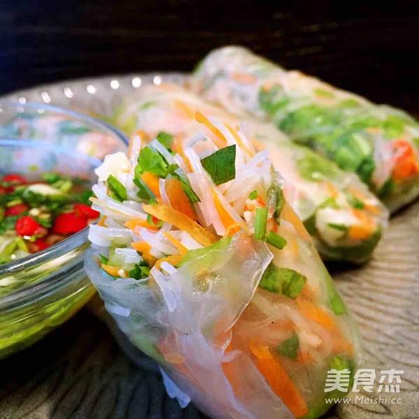 食指大动!胃口大开| 越南鲜虾春卷成品图