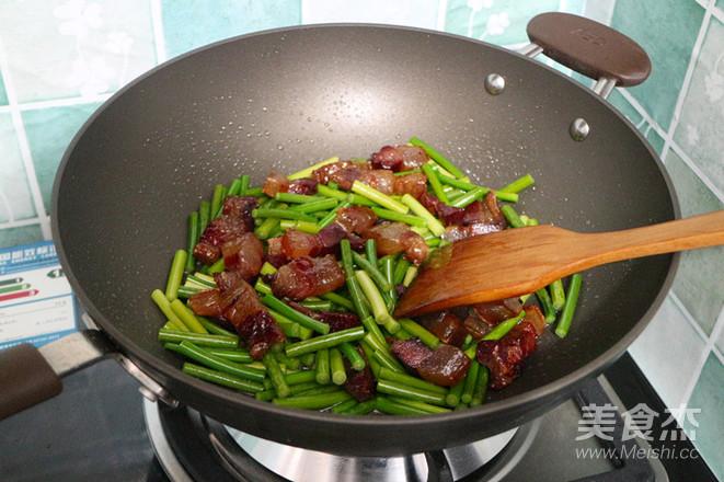 蒜苔炒腊肉怎么吃
