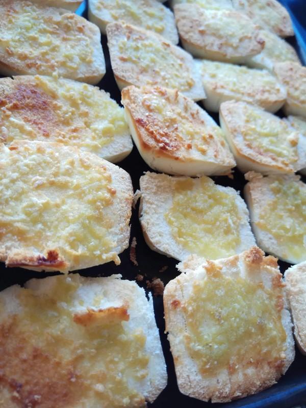 蒜香烤馍成品图