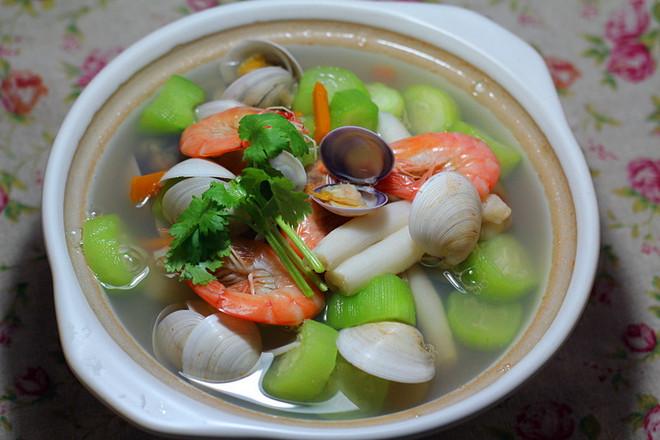 美食DIY ——海鮮蔬菜湯