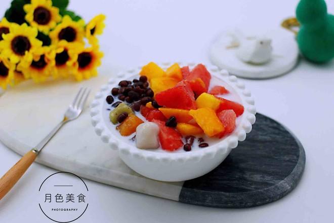 椰浆红豆芋圆水果捞成品图