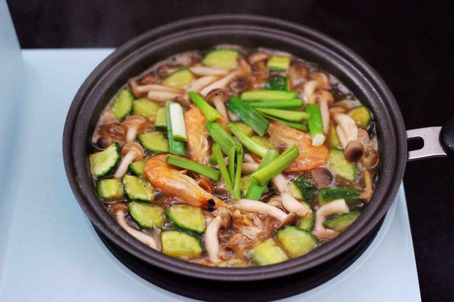 时蔬海虾刀削面怎样煮