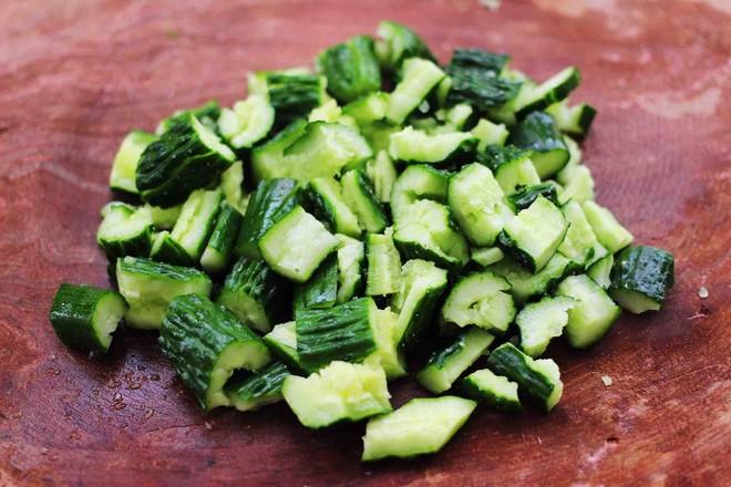 海米拌黄瓜怎么做