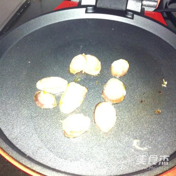 香肠石锅拌饭怎么炒
