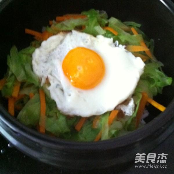 简易石锅拌饭怎么吃