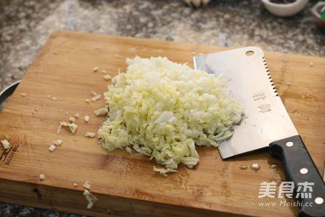 白菜猪肉馅饺子的家常做法