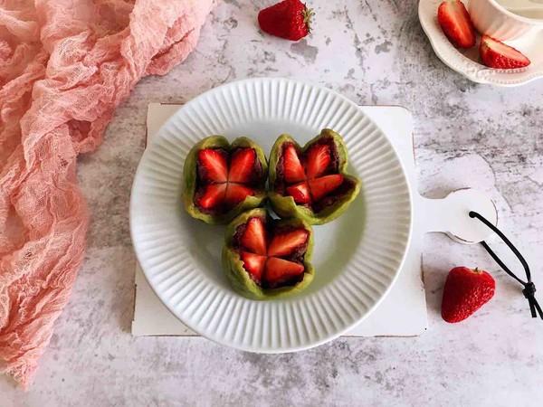 抹茶草莓大福成品图
