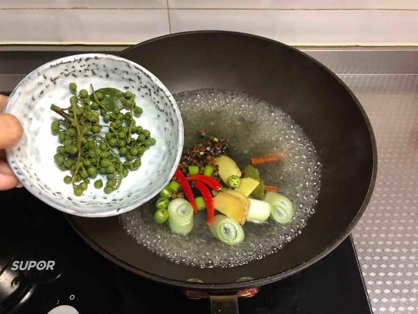青花椒卤小龙虾的简单做法