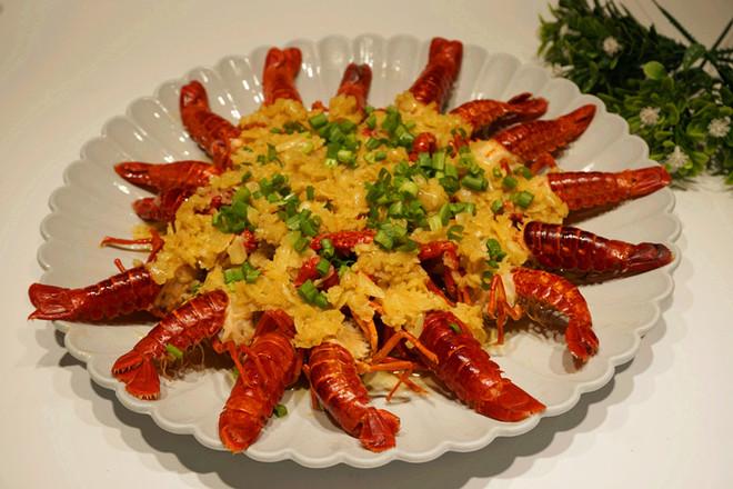 蒜蓉小龙虾成品图