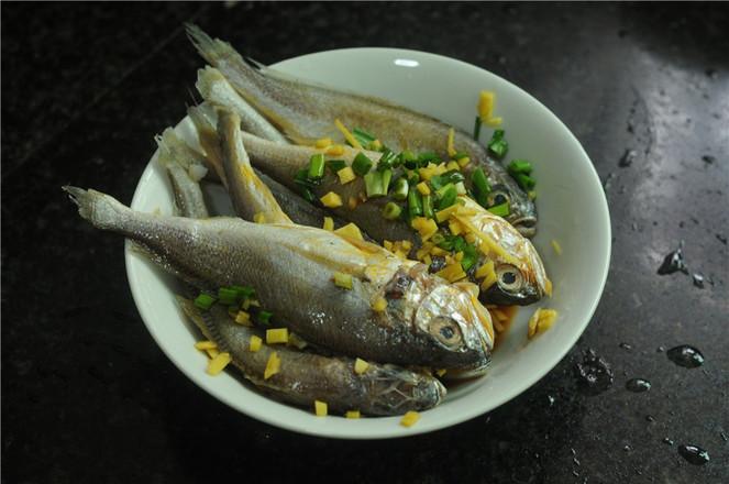 干煎小黄鱼的做法图解