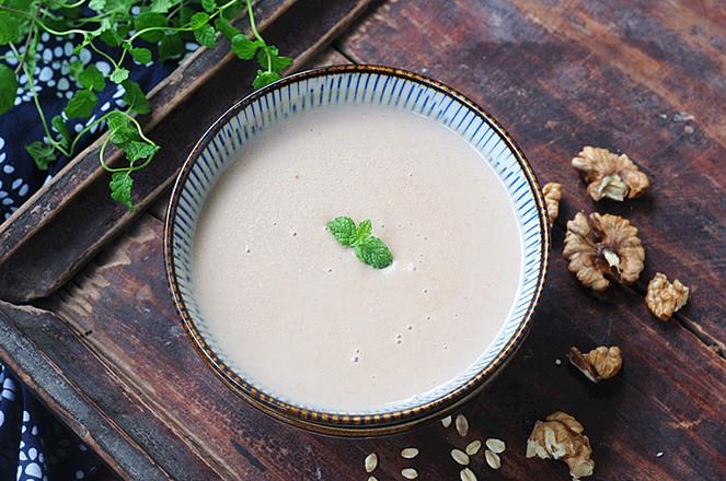核桃燕麦豆浆成品图
