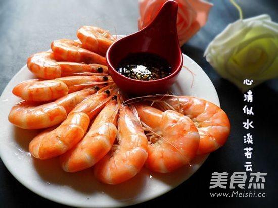 白灼鲜虾成品图