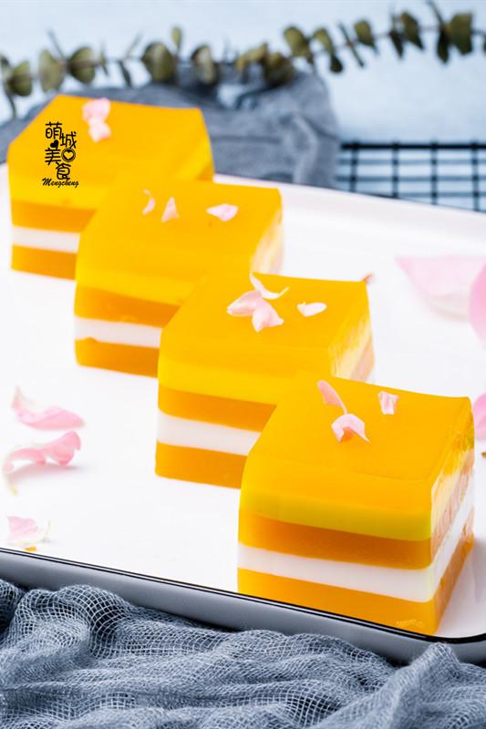 椰奶芒果糕成品图