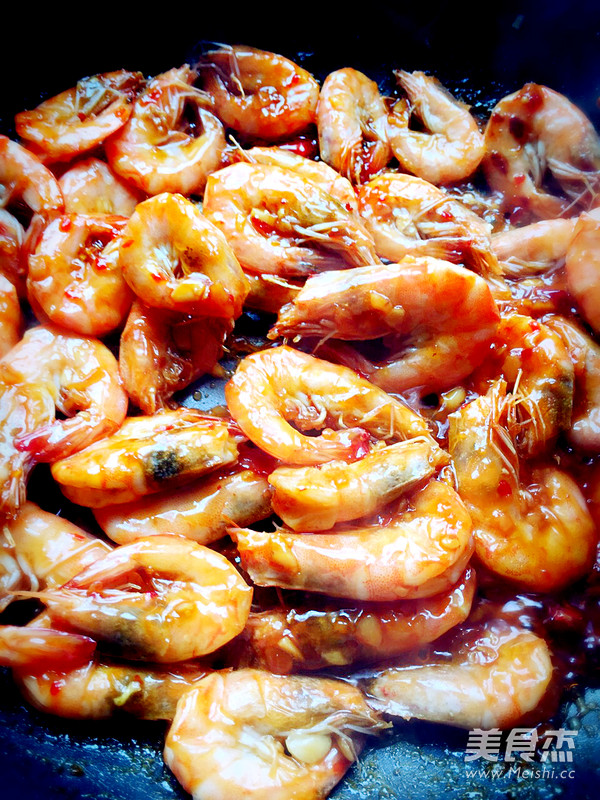 泰式酸辣酱怎么做_泰式酸辣虾的做法_泰式酸辣虾怎么做_美食杰