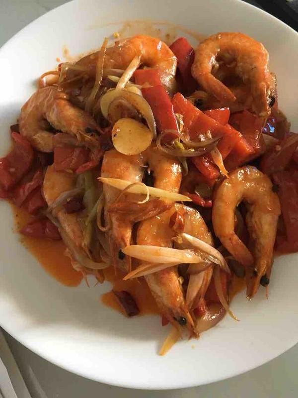 红椒炒海虾怎么吃