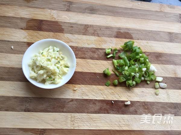 用微波炉蒸水饺_微波炉煮饺子的做法_微波炉煮饺子怎么做_美食杰