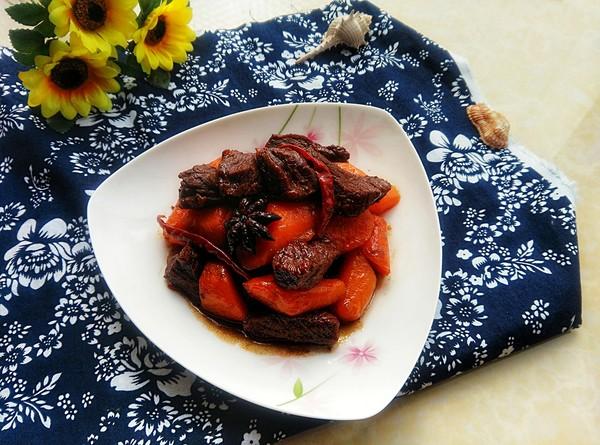 胡萝卜炖驴肉成品图