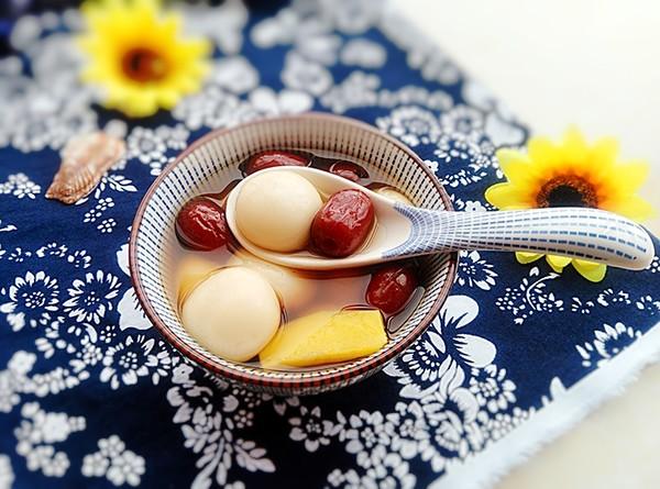 红枣姜汤圆成品图