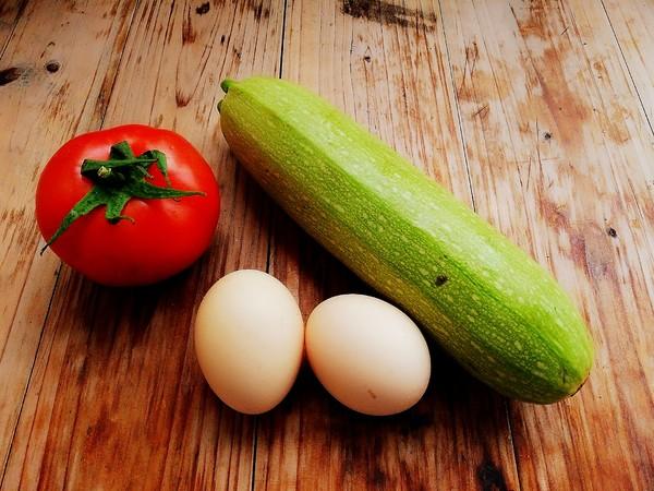 西葫芦番茄炒蛋的做法大全