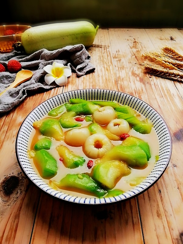 丝瓜炒荔枝成品图