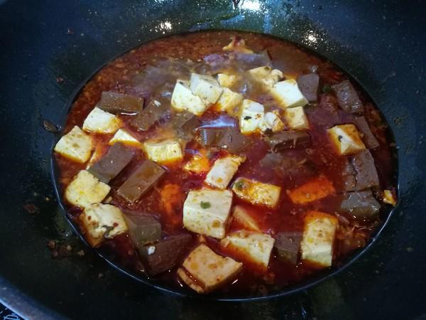香辣鸭血豆腐怎么炒