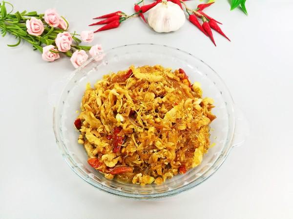 酸菜炒粉条-特色家常菜成品图