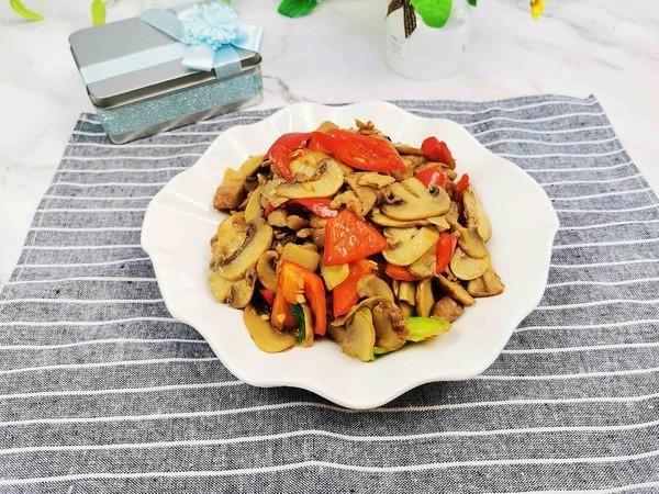 口蘑炒肉片成品图