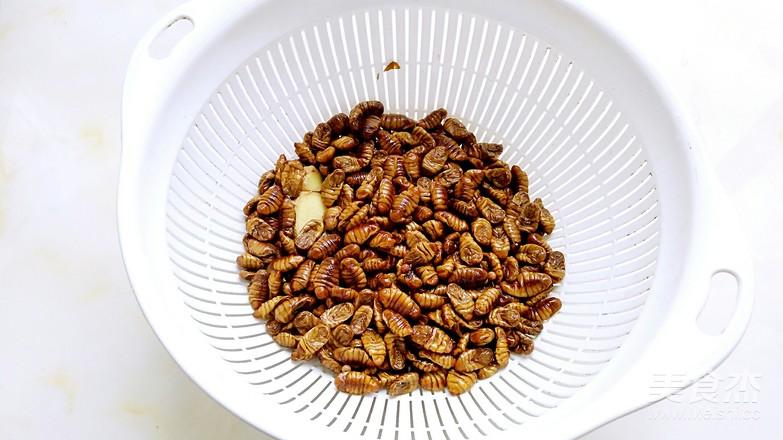 韭香蚕蛹的简单做法
